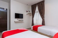 OYO 899 Crescendo Boutique Hotel