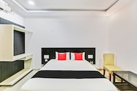 Capital O  35621 Hotel Durga International