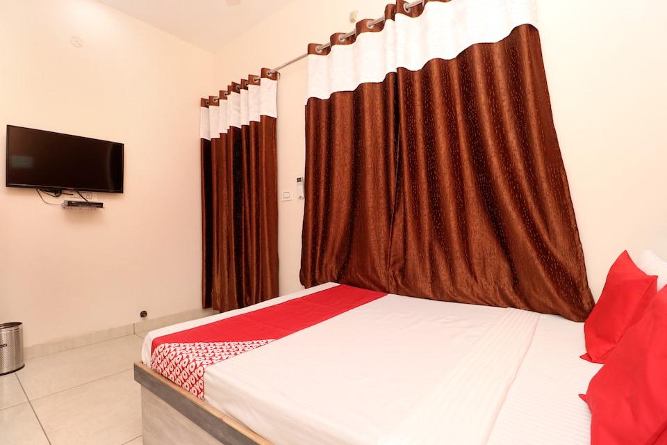 OYO 35650 Hotel Rks Residency