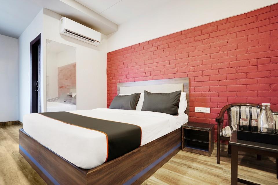 Collection O 35655 Hotel Kalinga Bapuji Nagar