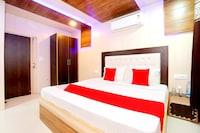 OYO 35697 Hotel Sartaj