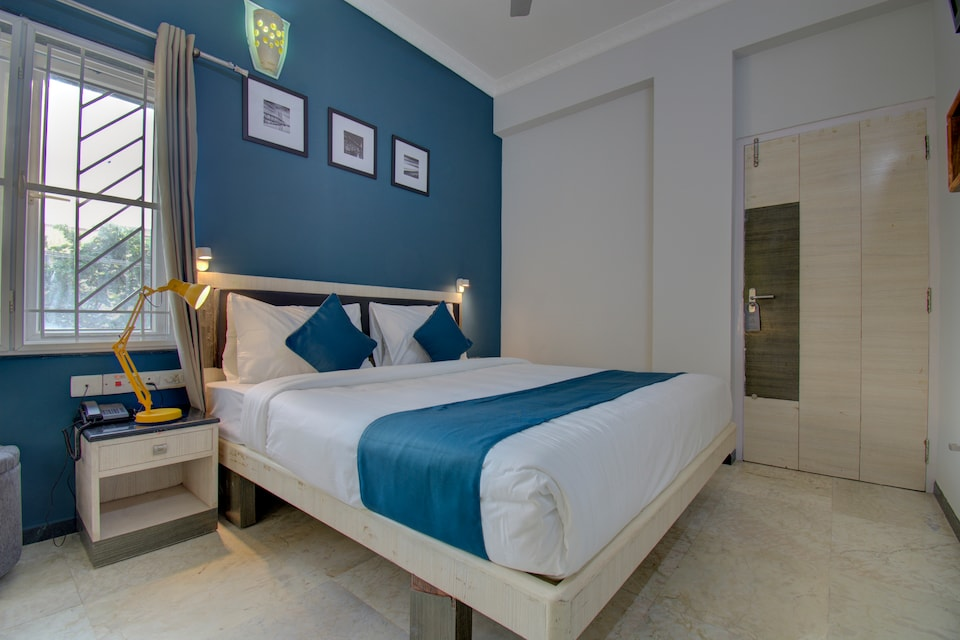 SilverKey Executive Stays 35719 Hive Avinashi Road