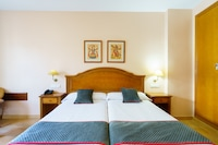 OYO 142 Hotel Almijara