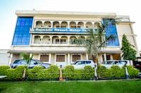 OYO 35730 Rajwada Resort Deluxe
