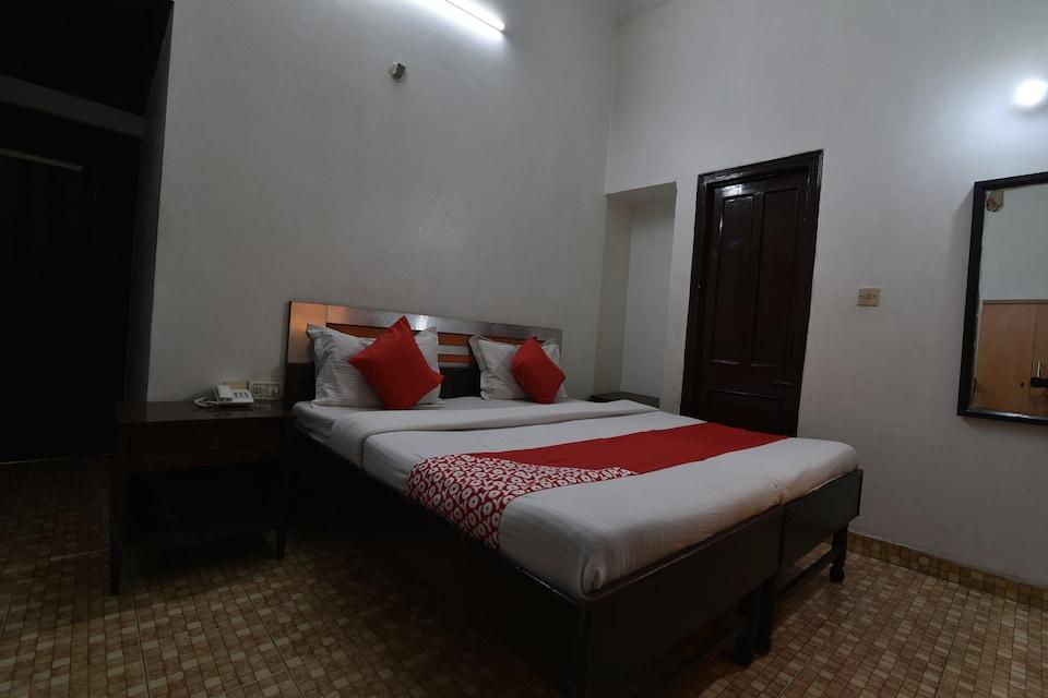 OYO 35740 Krishna Palace