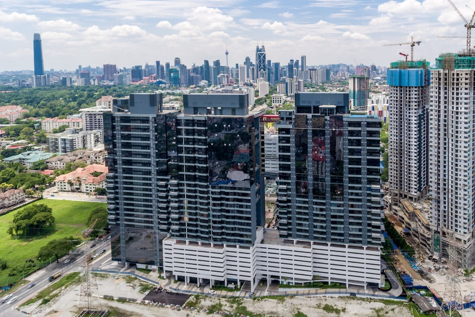 OYO Home 911 Lovely 1br 3 Towers