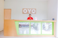 OYO 667 Demilo Inn