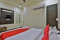 OYO 35765 Hotel City Plaza