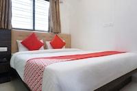 OYO 35766 Hotel Grand Inn Saver