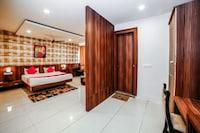 OYO 35769 Hotel Rishabh Deluxe