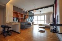 OYO Home 917 Cosy Studio Regalia Suites
