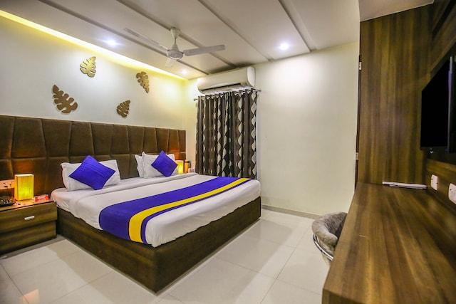 OYO Rooms 003 Ahmedabad Station Lal Darwaza