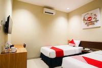 OYO 674 Hotel Cepu Indah 2