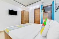 OYO Home 35804 Livin Hub