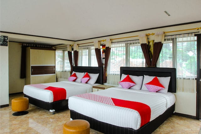 OYO 677 Rianes Family Guest House