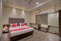 OYO 35844 Hotel Lotus Residency