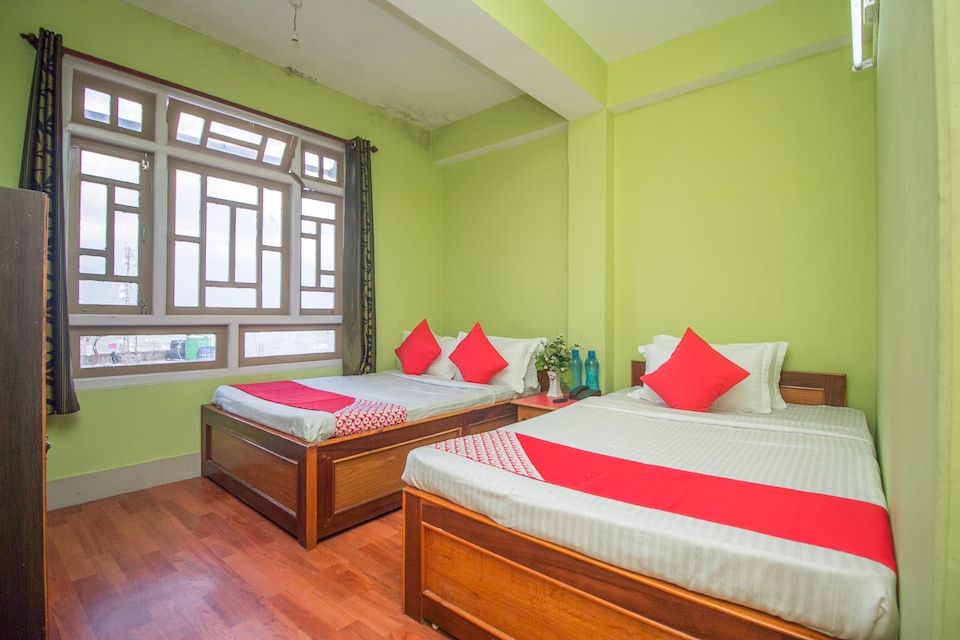 OYO 35885 Rumtek Hotel Demadzong