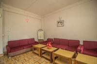 OYO 35886 Hotel Attri