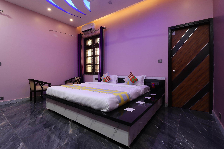 OYO Home 35903 Luxury Studio Dehradun