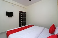 OYO 35905 Hotel River Point Saver