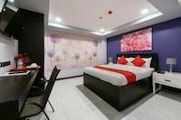OYO 171 Amore Hotel