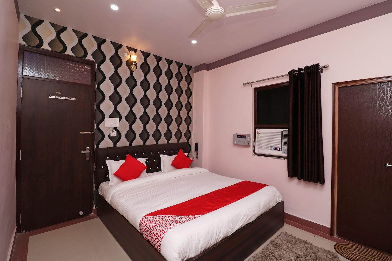 OYO 35924 Kanti Guest House -1