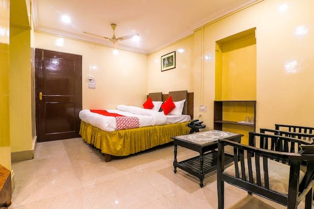 OYO 35933 Hotel Abhijat