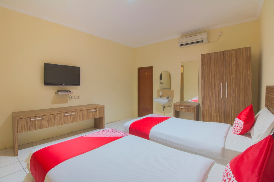 OYO 688 Grand Pakidulan Hotel