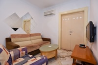 OYO Home 952 Cosy Studio Holiday Place