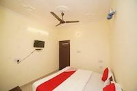 OYO 35970 Hotel Silver Point