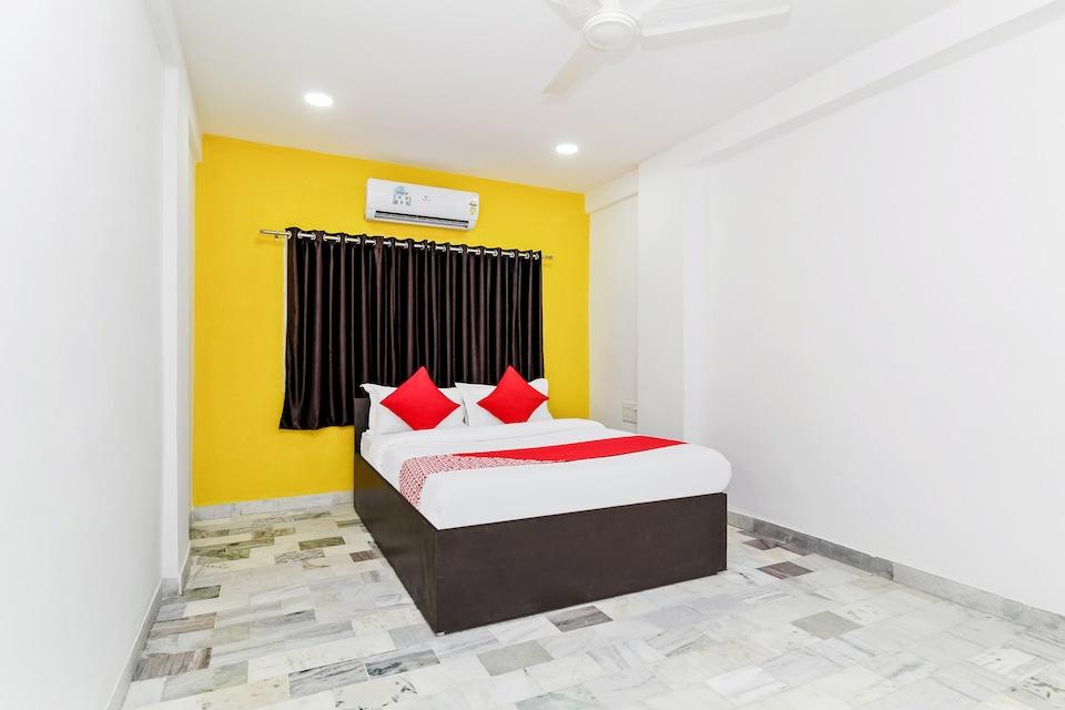 OYO 36010 Hotel Aashiyana