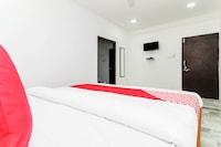 OYO 36010 Hotel Aashiyana Deluxe