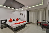 OYO 36026 Comfort Inn Regency