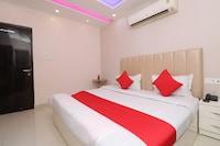 OYO 36042 Hotel Madhuban