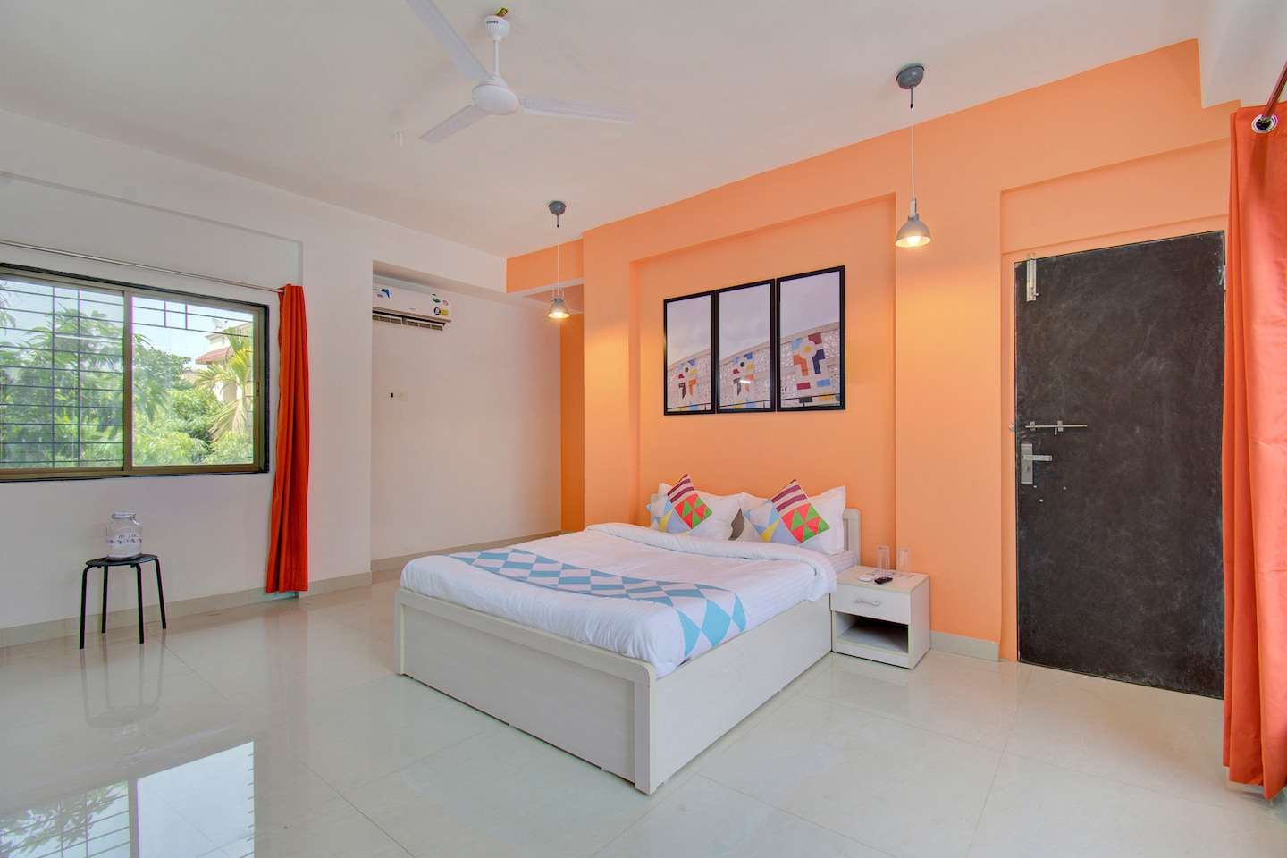 OYO Home 36079 Alluring Stay Near Airport -1