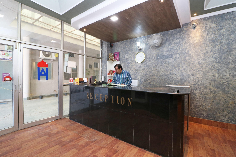 OYO 36085 Hotel Apollo Agra