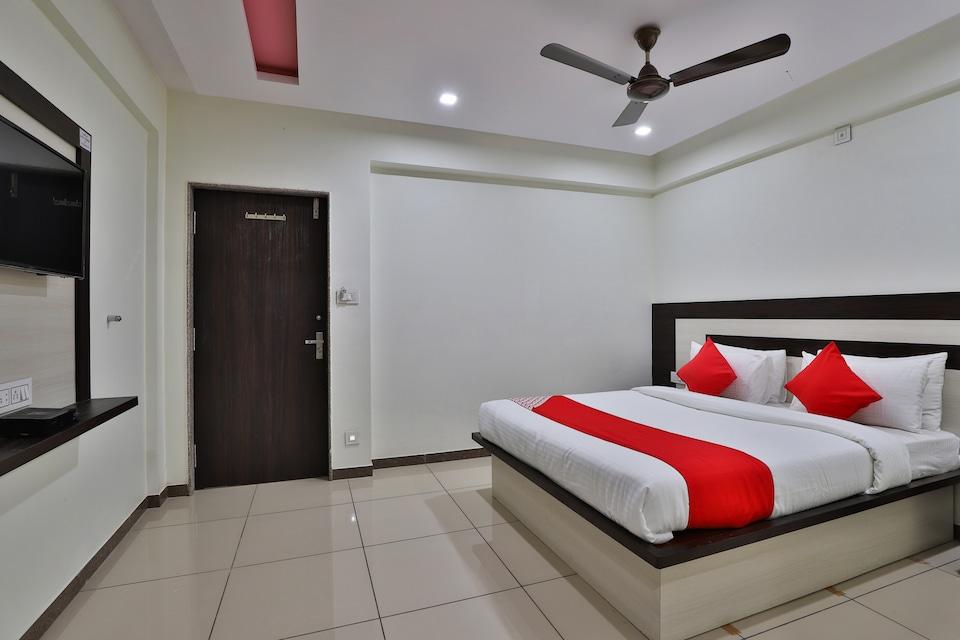 OYO 36118 Hotel Nandini
