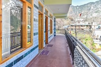 OYO Home 36140 Comfortable Studios Stay Old Manali