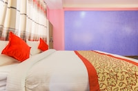 OYO 351 Hotel Everest International