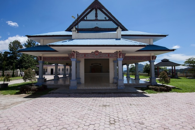 OYO 719 Penginapan Panatapan Almonsari Resort