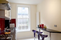 OYO Home 4 Br Kings Cross-St Pancras Garden