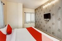 OYO 36211 Hotel Padma Palace