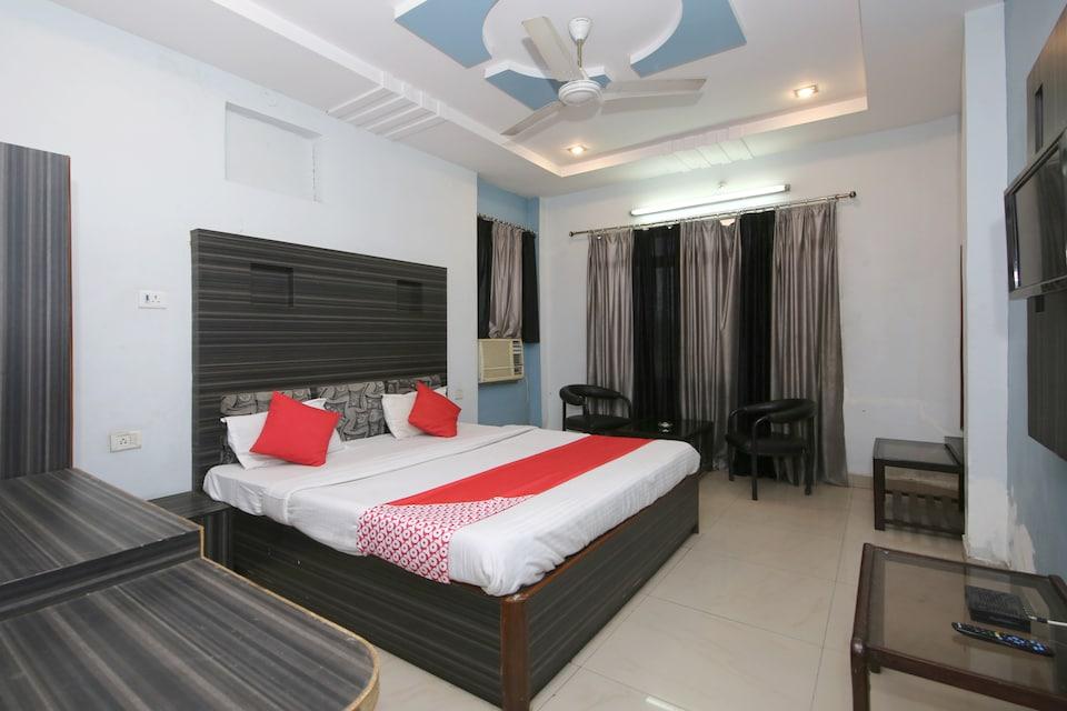OYO 36212 Hotel Shubhkamna