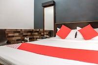 OYO 36220 Hotel Gayatri