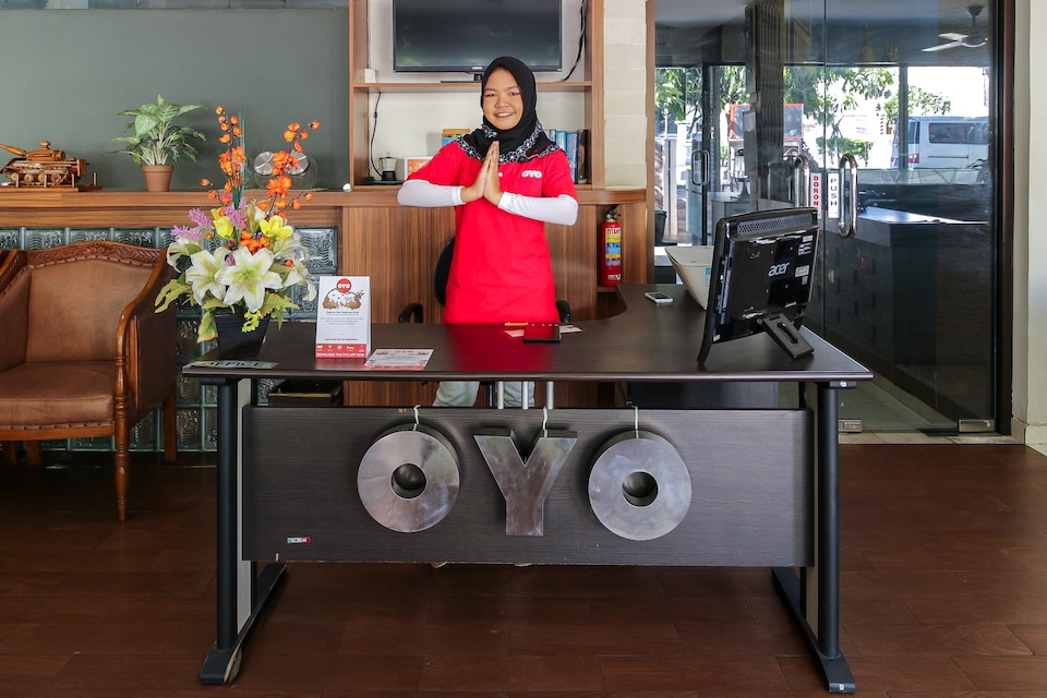 OYO 734 Tuban Torres Accomodation