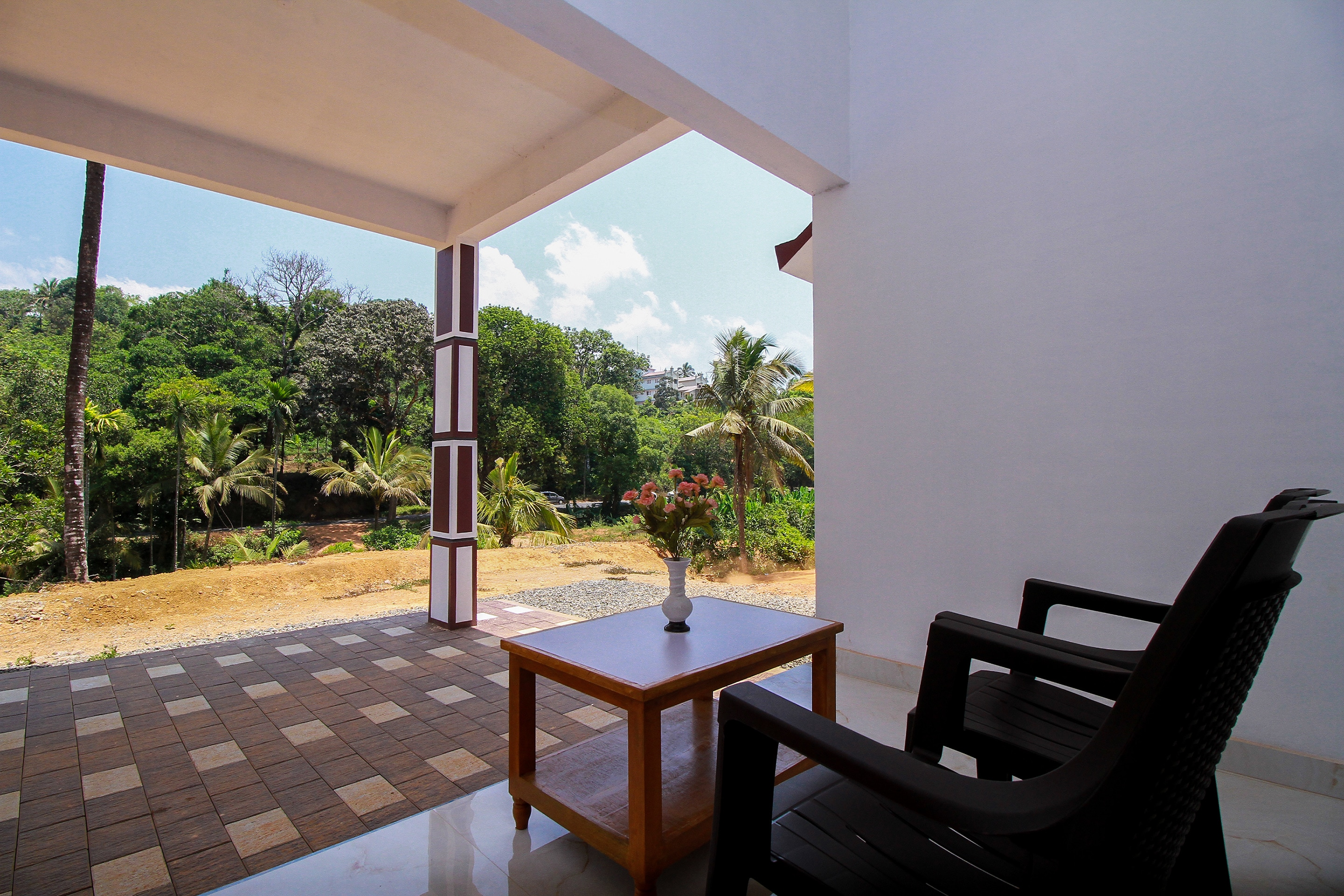OYO Home 36287 Peacefull Stay Augustine Villa