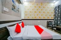 OYO 36289 Hotel Maurvi