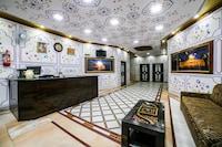 OYO 36316 Hotel White Palace