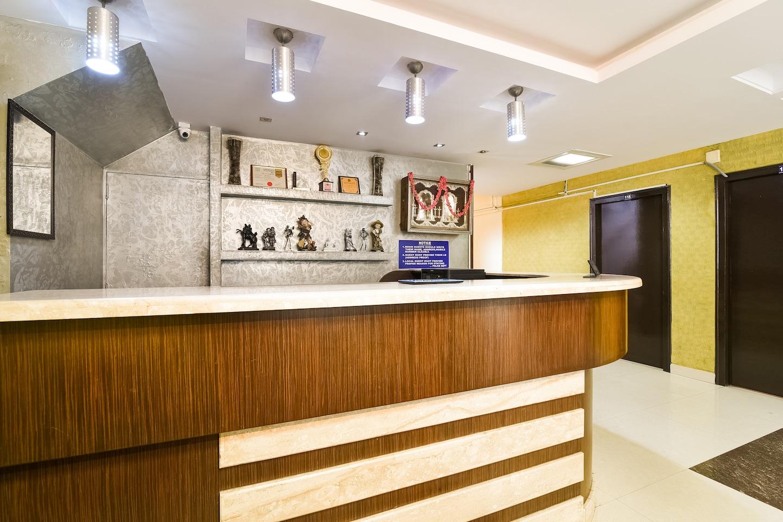 OYO Flagship 36422 Hotel Maruthi -1
