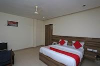 OYO 36427 Hotel Red Sapphire
